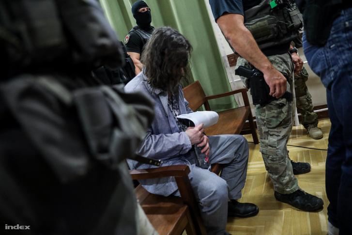 Portik Tamás 2019 június 14-i tárgyalásán