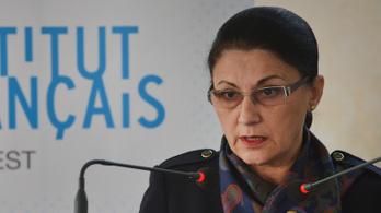 Már az oktatási minisztert is leváltották Romániában az eltűnt 15 éves lány miatt