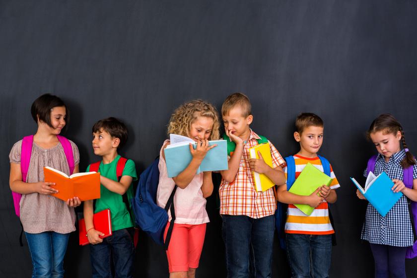Gerincbarát és menő iskolatáskák körképe 20 ezer forint alatt: imádni fogják a gyerekek