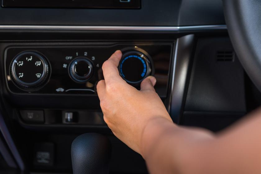 légkondicionáló, legkondi, kocsi