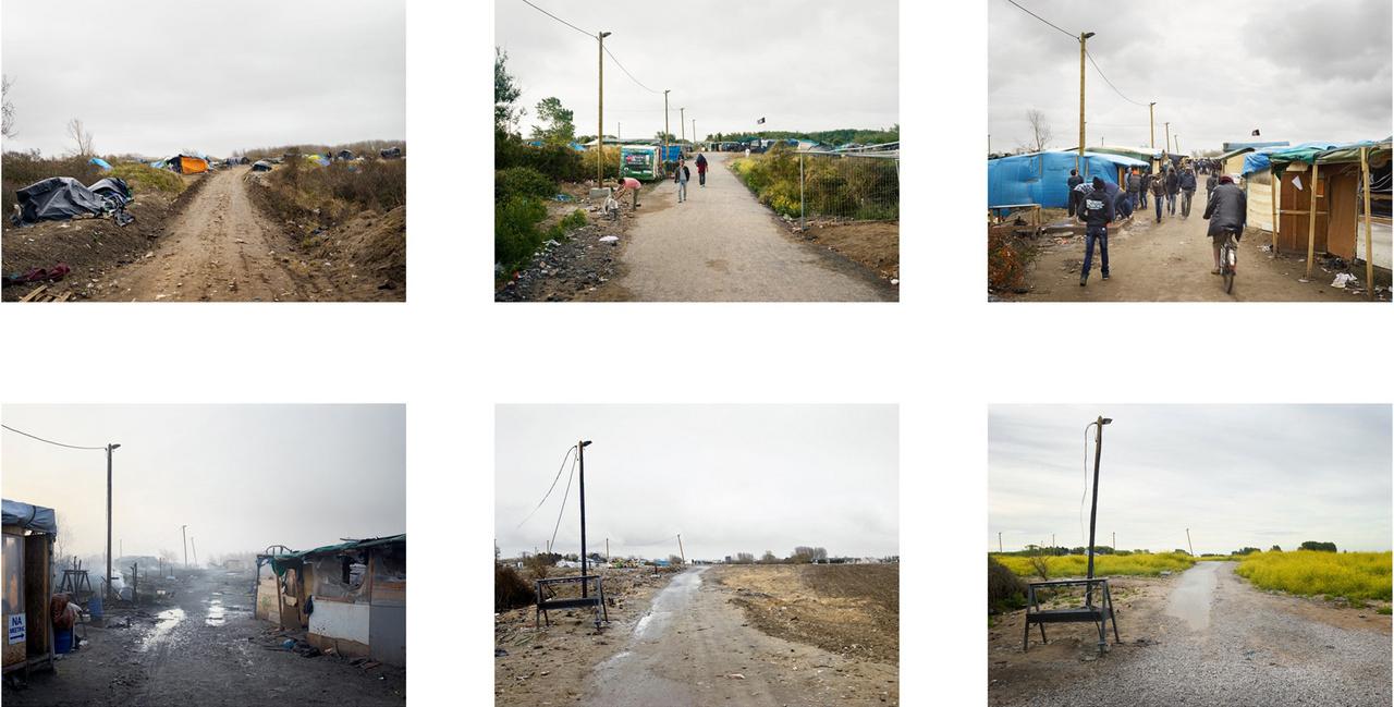 Pillanatképek a calais-i hatalmas sátortábor egyik részéről, 2015 márciusa és 2016 júliusa között. Calais egy francia kikötőváros, a település peremén elterülő, dzsungelnek nevezett sátortáborban várakozó menekültek abban reménykedtek, hogy a Franciaországot és Nagy-Britanniát összekötő, 50 km-es Csalagúton át eljuthatnak Angliába. A britek 2016 őszén jelentették be, hogy az addigi kerítések mellé felhúznak egy négy méter magas falat is a kikötőbe vezető utak mentén. Azóta a Nagy-Britanniába vágyó menedékkérők egyre többször próbálkoznak tengeri úton elérni az angol partokat.
