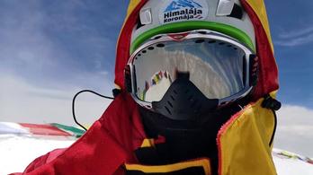 A csúcsról posztolt szelfit a K2-t megmászó Suhajda Szilárd