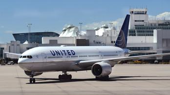 Éppen szálltak volna a pilóták a gépre, de jelzett az alkoholszonda