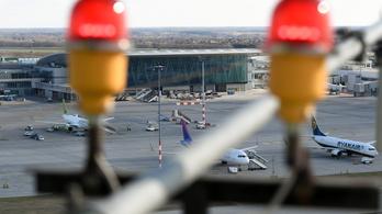 Hamis szlovák útlevéllel bukott le a reptéren egy tádzsik férfi