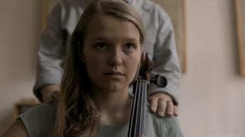 13 éves lányt molesztál Máté Gábor karaktere a magyar #metoo-filmben
