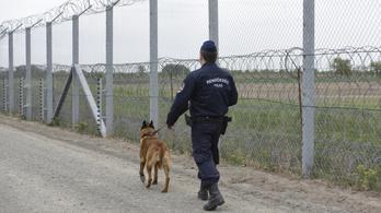 A magyar határon elkövetett túlkapásokra is utal egy belső Frontex-jelentés