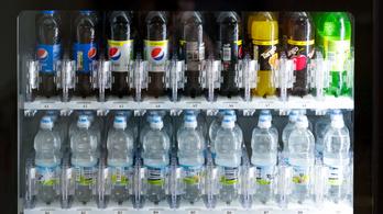 Betiltották a műanyag palackba csomagolt italokat a San Franciscó-i reptéren