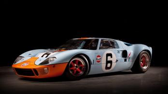 Vadiúj Ford GT40-es jön