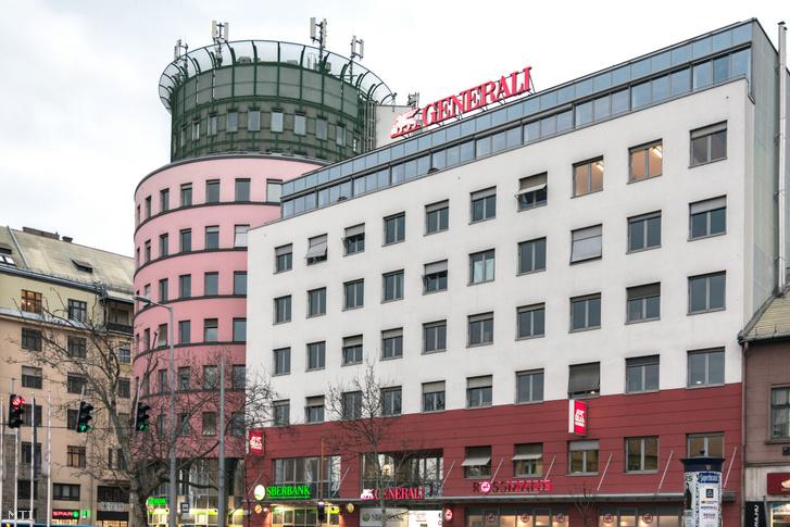 A Generali Biztosító Zrt. központi ügyfélszolgálatának irodája a főváros XIII. kerületében, a Váci út 36-38-ban.