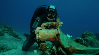 Gigászi méretű ókori hajó horgonyrúdjára bukkantak