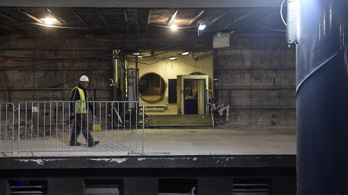 Már három hónapot csúszik a 3-as metró felújítása