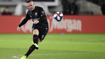 Rooney visszatér Angliába, egyszerre lesz játékos és edző