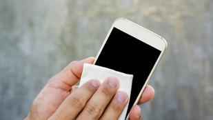 Így szabadítsd meg a mobilod a mocsoktól