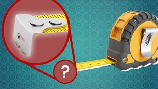 Mire való az a lyuk a mérőszalagon? És miért recés a vége?