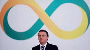 Bolsonaro elvenné a brazil sajtó bevételének egy részét