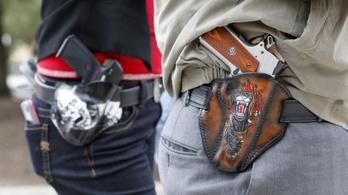 Az iskolákba, templomokba is lehet majd fegyvert vinni Texasban