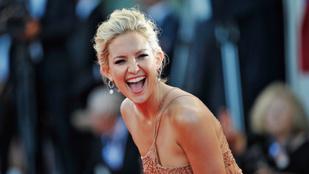 Kate Hudsonnak nem esik nehezére levenni a ruháit, sőt