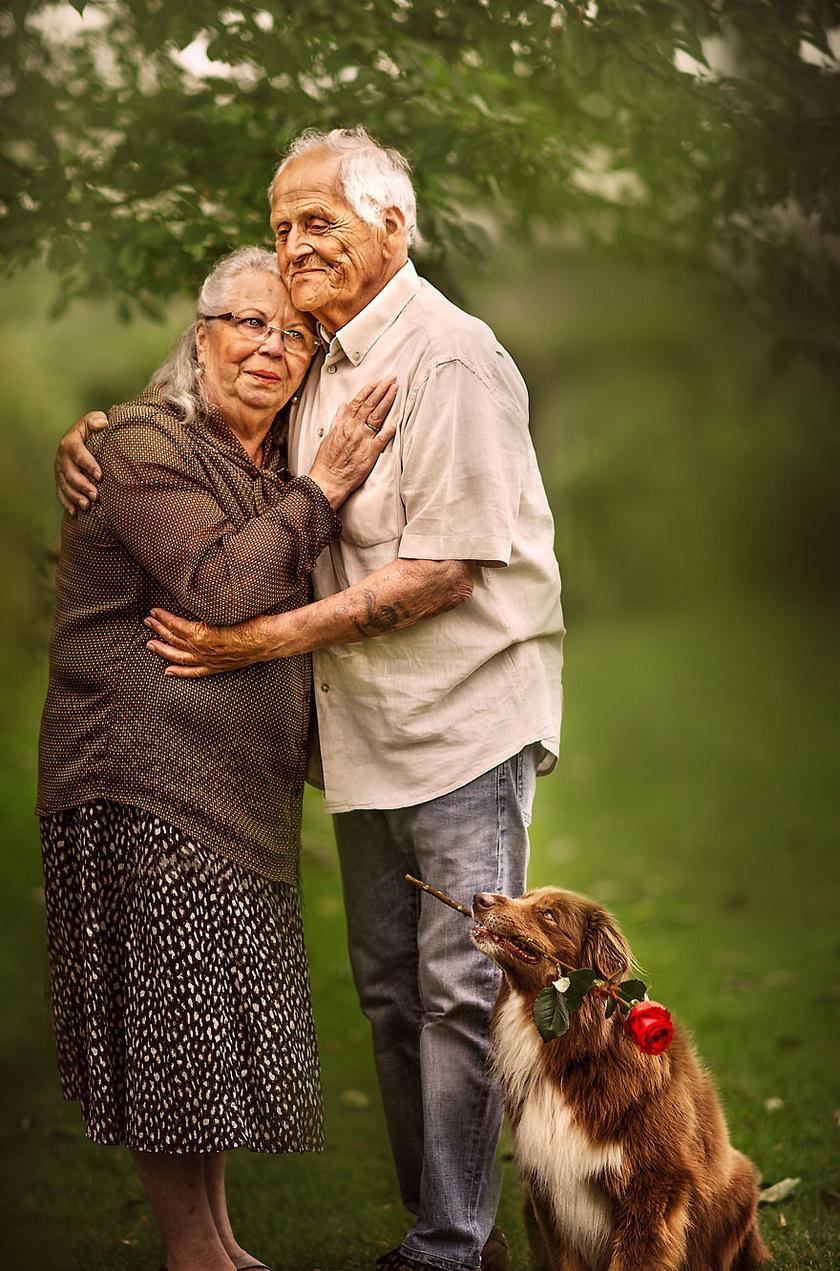 Azóta több párról is készített már képeket, közülük néhányat pedig a neten is megosztott. Elárulta, hihetetlenül jó érzés, amikor őket fotózhatja, mert láthatja tiszta, őszinte szerelmüket, és meghallgathatja történeteiket.
