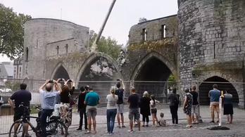 Lebontották Európa egyik utolsó vízi városkapuját