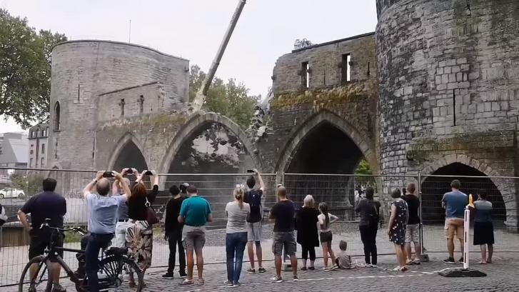 A tournai Pont des Trous bontása 2019. augusztus 6-án