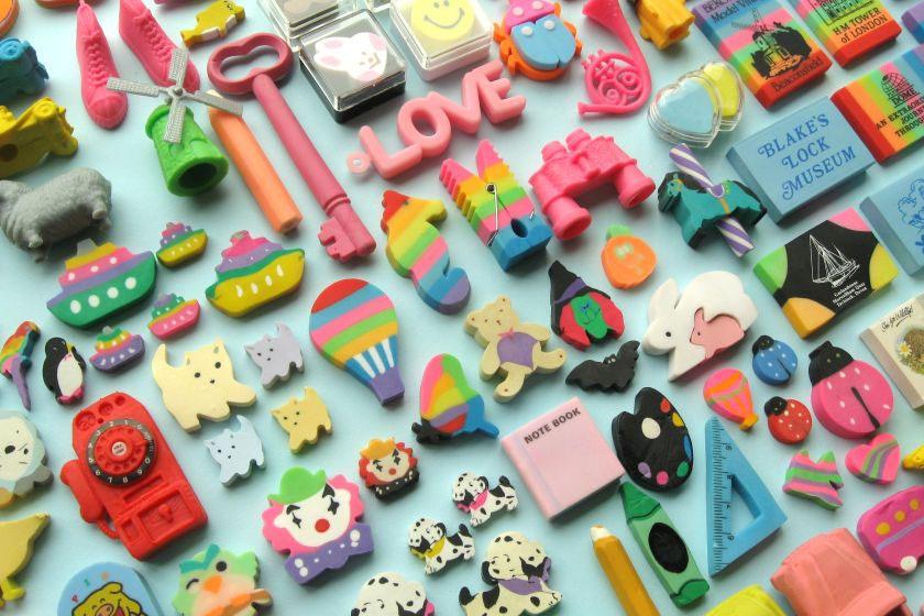 Az illatos, színes, figurás radírokat is nagyon szerették akkoriban a diákok, sokan gyűjtötték is őket.