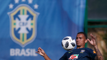 Védőt cserélt egymással a Juventus és a Manchester City