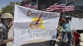 Haragos tüntetők fogadták Trumpot El Pasóban