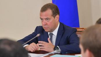 Medvegyev szerint Kirgizisztán kimerítette 21. századi keretét a forradalmakra