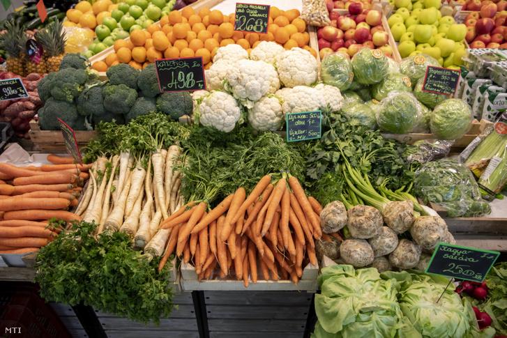Zöldségek az újpesti piacon 2019. március 27-én.