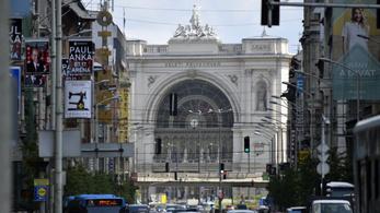 Gyógyszerei nélkül indult világot látni a Keleti pályaudvaron lefülelt német kisfiú