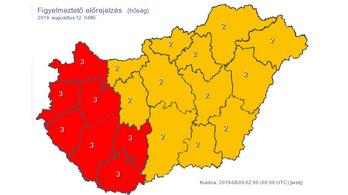 Hétfőn 38 fok is lehet, piros riasztást adtak ki