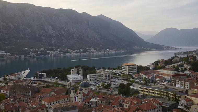 Montenegróban is lesz dohányzási tilalom