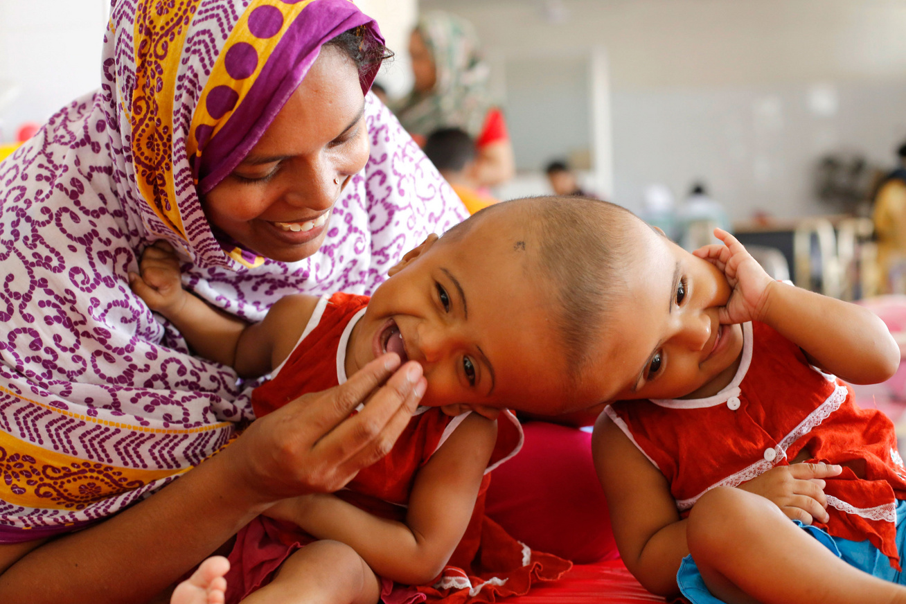 bangladesi-sziami-ikrek