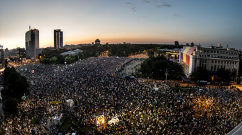 Több ezren emlékeztek meg Romániában a tavalyi erőszakról