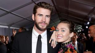 Miley Cyrus barátnőjével csókolózva dolgozza fel, hogy szakított a férjével