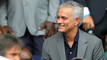 José Mourinho visszatér, de nem edzőként