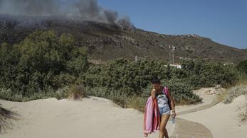 Ötvennél is több erdőtűz tombol Görögországban