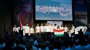Négy magyar bronzérem a Nemzetközi Csillagászati Diákolimpián