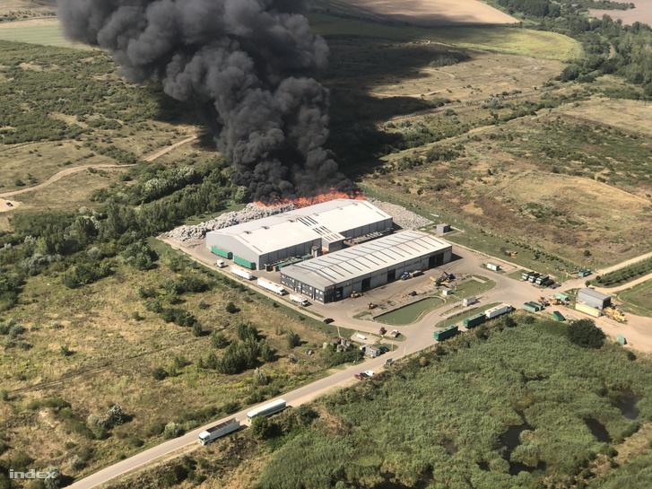 Augusztus 10-i légifelvétel a tűzről
