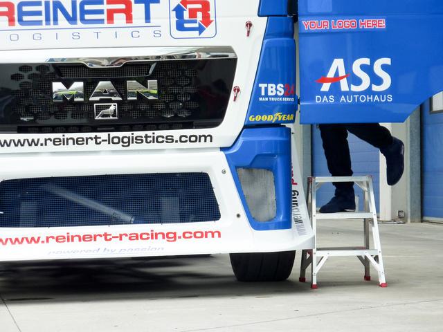 Ami nem Renault, az MAN a bajnoki mezőnyben. Esetleg egy csőrös Freightliner, de abból csak egy van
