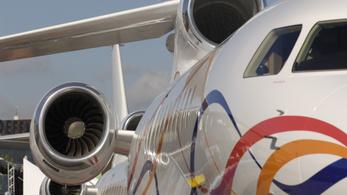 Népszava: Darabonként tizenhárom milliárdért vehette a luxusrepülőket a honvédség