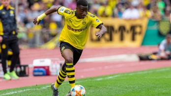 14 évesen lőtt mesterhatost a Dortmund U19-es bajnokiján