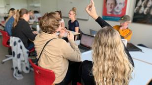 Így zajlik a tanítás egy dániai gimnáziumban