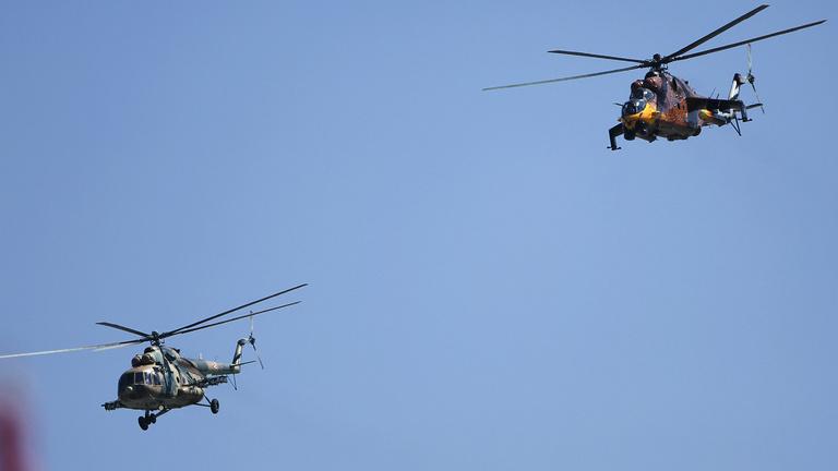 Kedden harci helikopterek röpködnek a belváros fölött