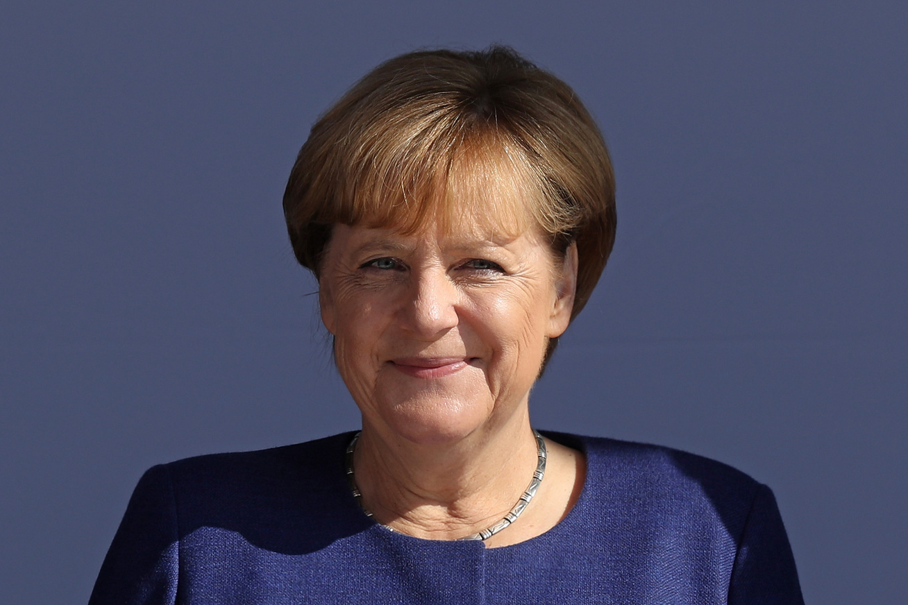 angela-merkel-fiatalon-cover