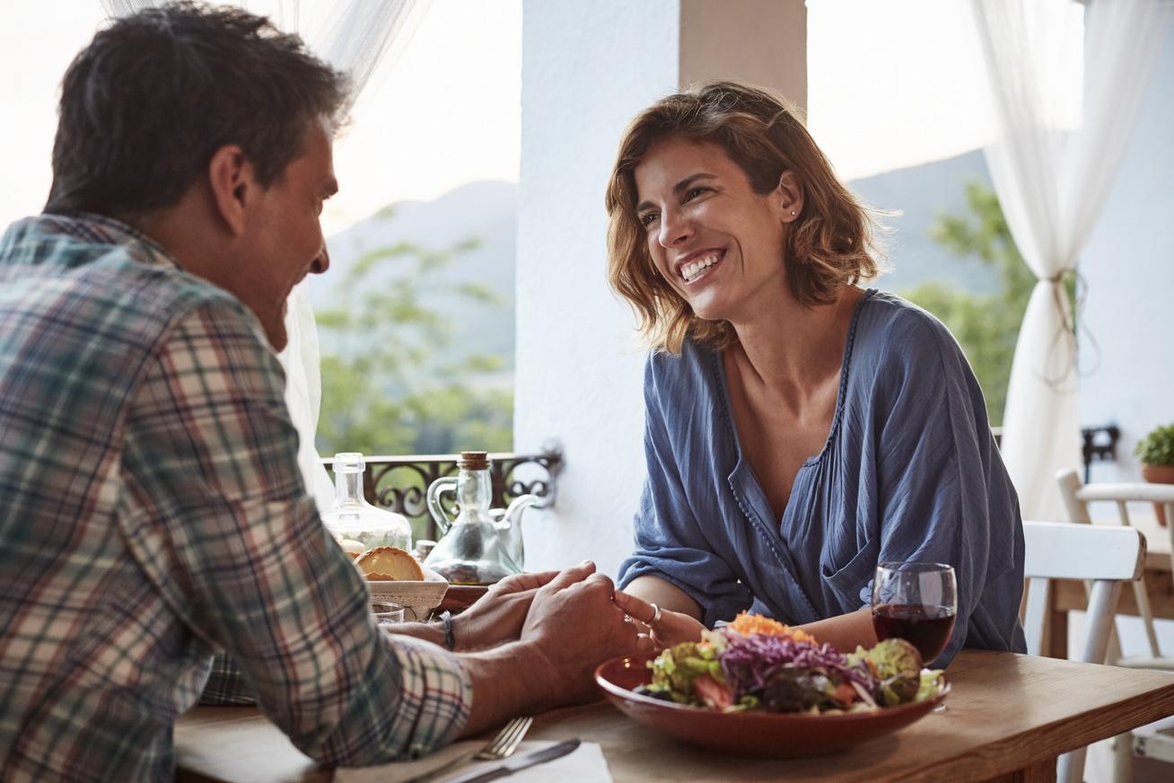 érzelmi randevú hagyományos randi minták