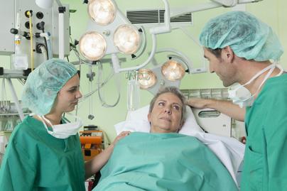véralvadásgátló, műtét