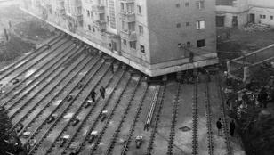 Kettévágva költöztették el a házat Ceaușescunak sugárútja elől