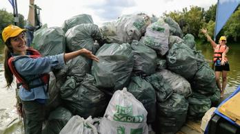 Látványosan csökkent a szemét a Tisza árterében az önkéntes akciók eredményeként