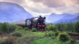 Lélegzetelállító vasútvonalak ausztrál pusztaságokon, Skót-felföldön át